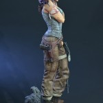 Lara Croft Survivor Statue 023