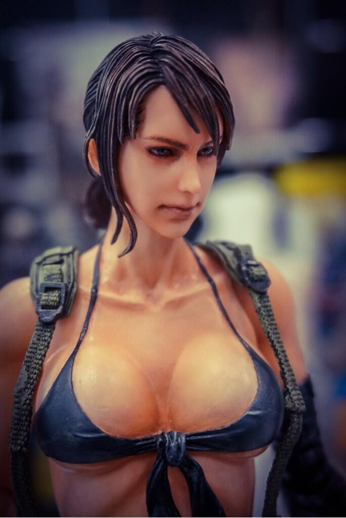 Play Arts Kai Quiet