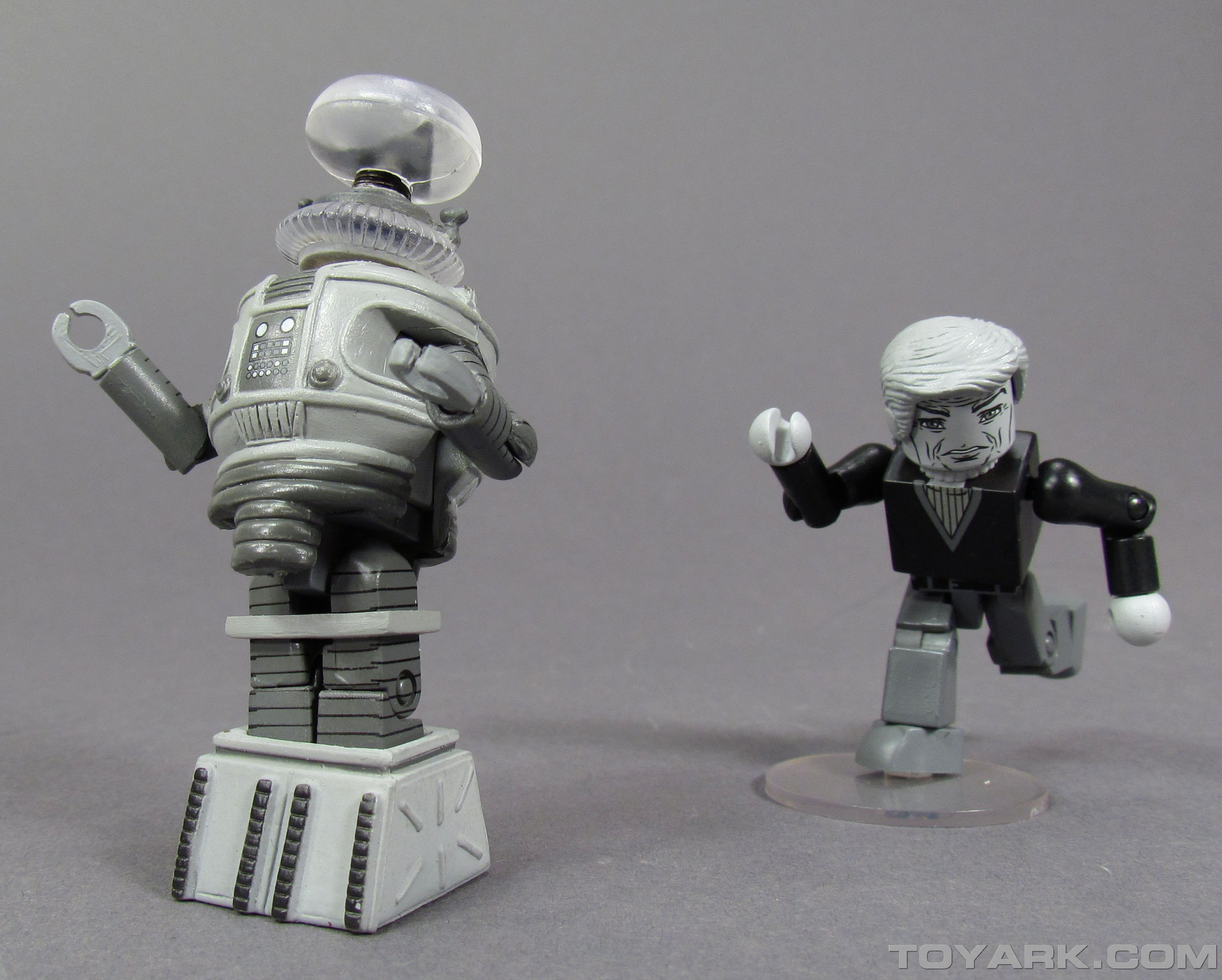 Lost In Space Minimates 023