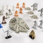 STAR WARS COMMAND MILLENNIUM FALCON A8949 b