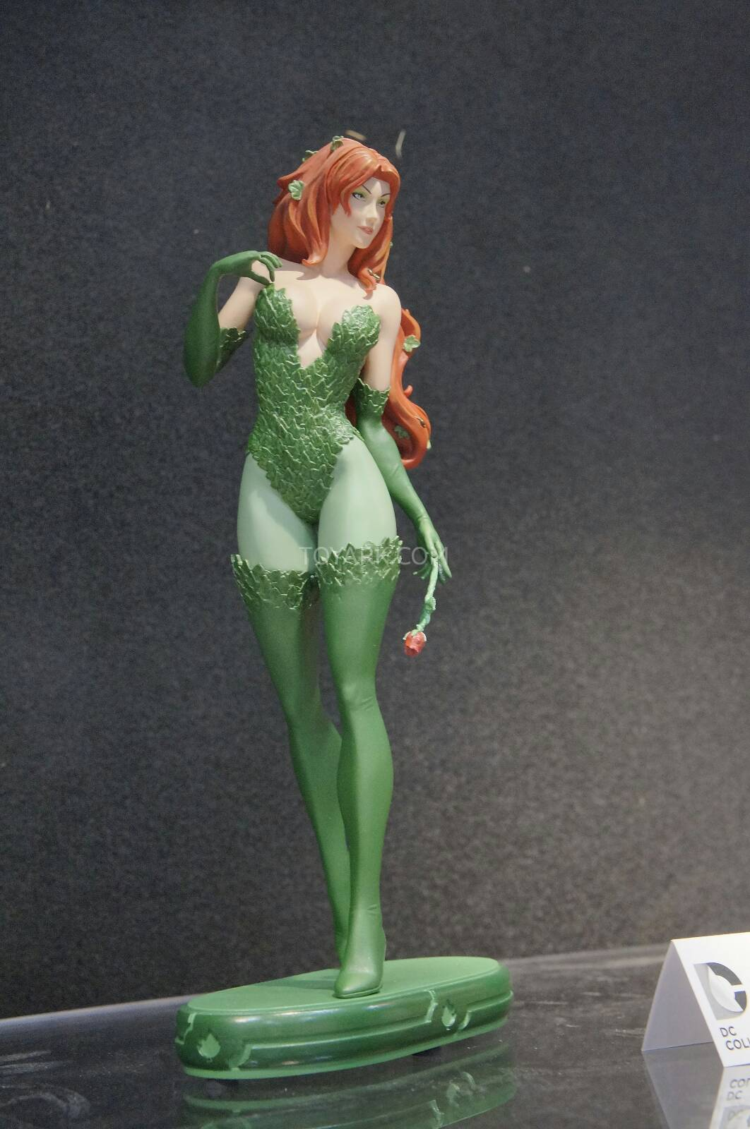[Toy Fair 2014] DC Collectibles Toy-Fair-2014-DC-Collectibles-023
