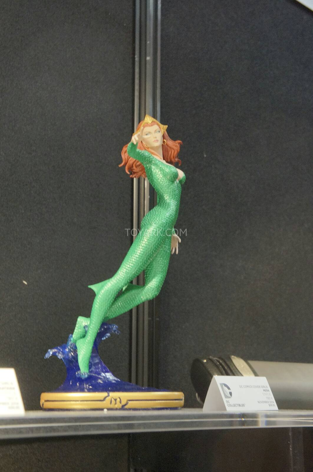 [Toy Fair 2014] DC Collectibles Toy-Fair-2014-DC-Collectibles-025
