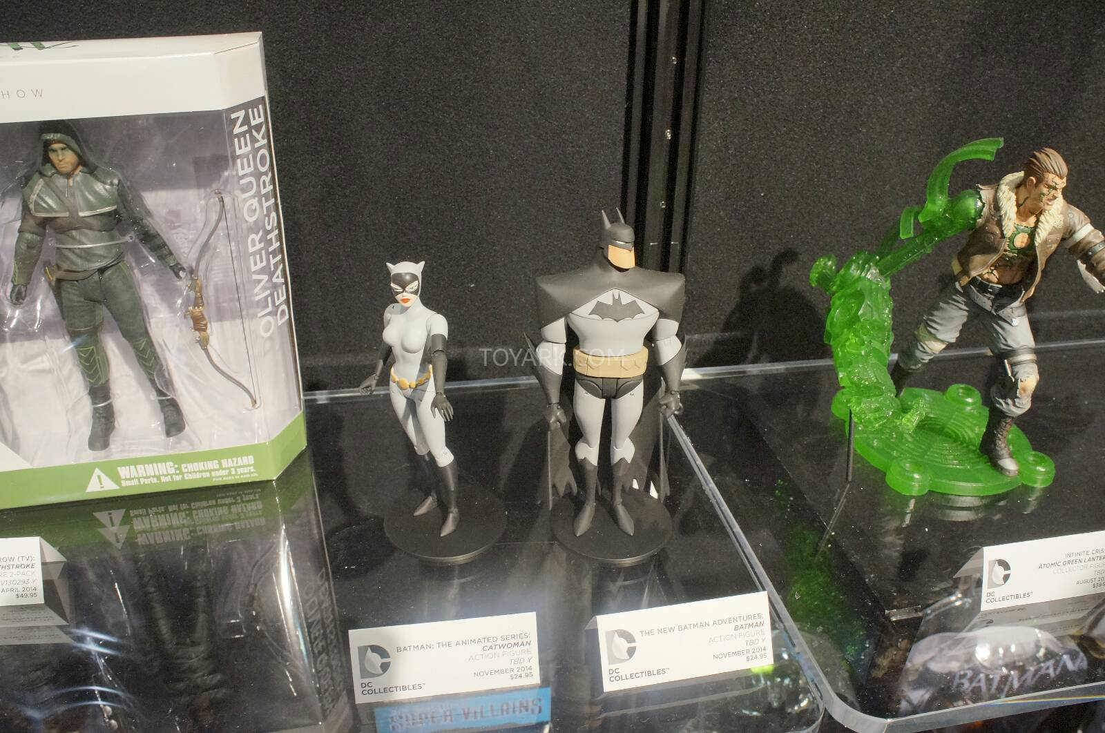 [Toy Fair 2014] DC Collectibles Toy-Fair-2014-DC-Collectibles-069