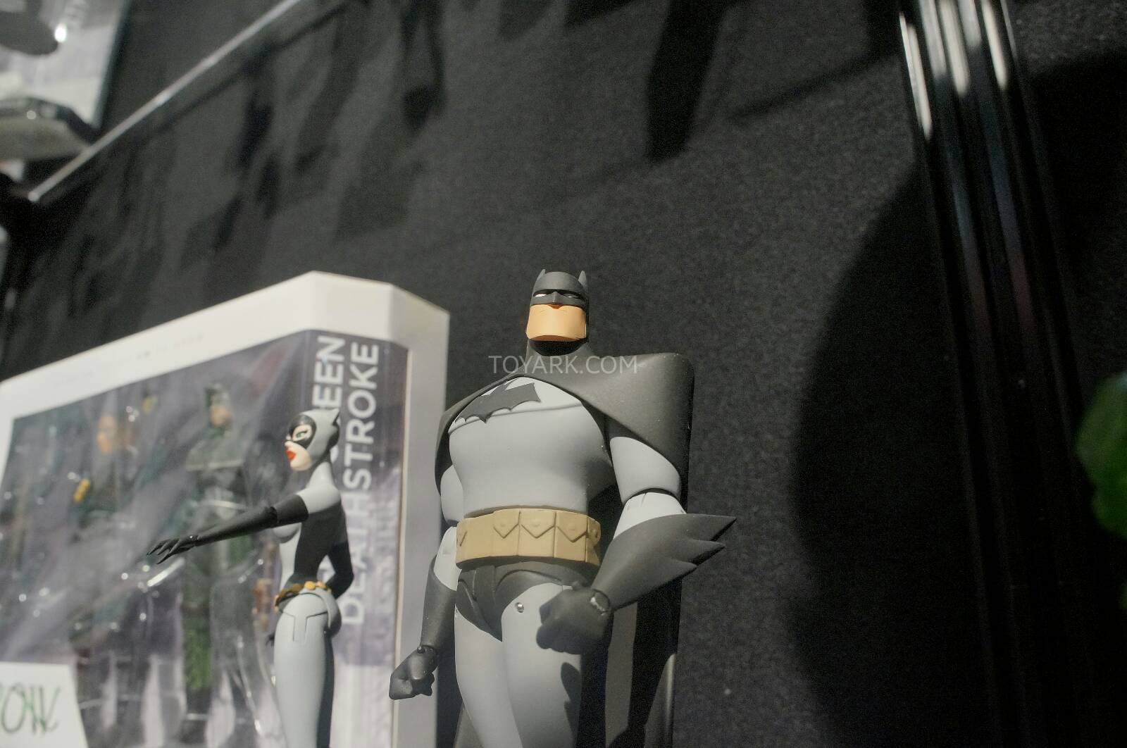 [Toy Fair 2014] DC Collectibles Toy-Fair-2014-DC-Collectibles-072