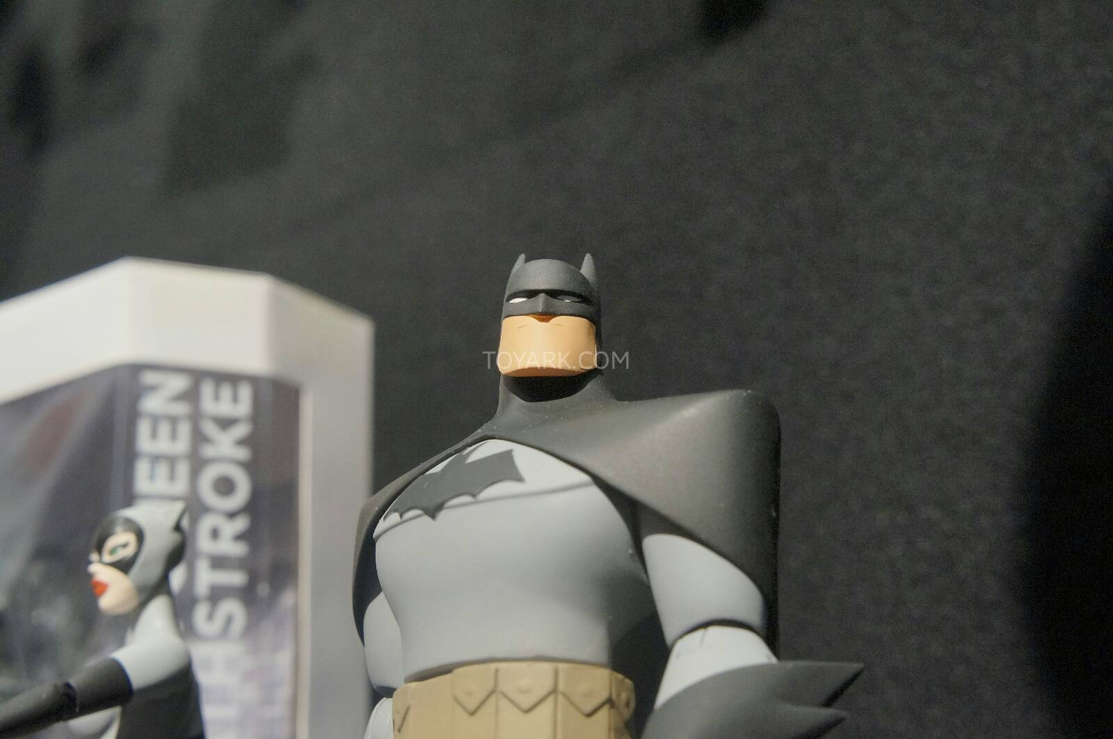 [Toy Fair 2014] DC Collectibles Toy-Fair-2014-DC-Collectibles-073