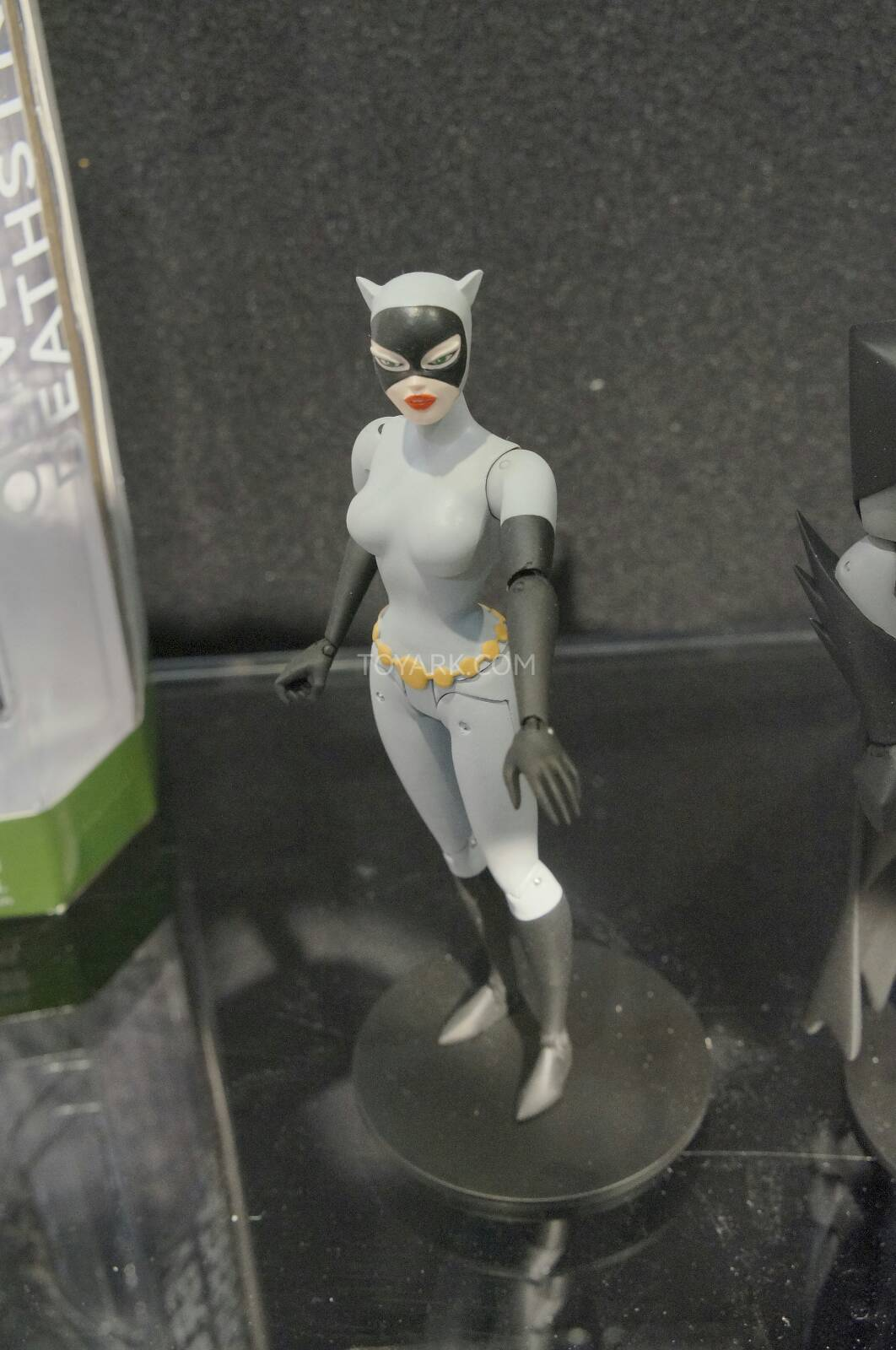 [Toy Fair 2014] DC Collectibles Toy-Fair-2014-DC-Collectibles-080