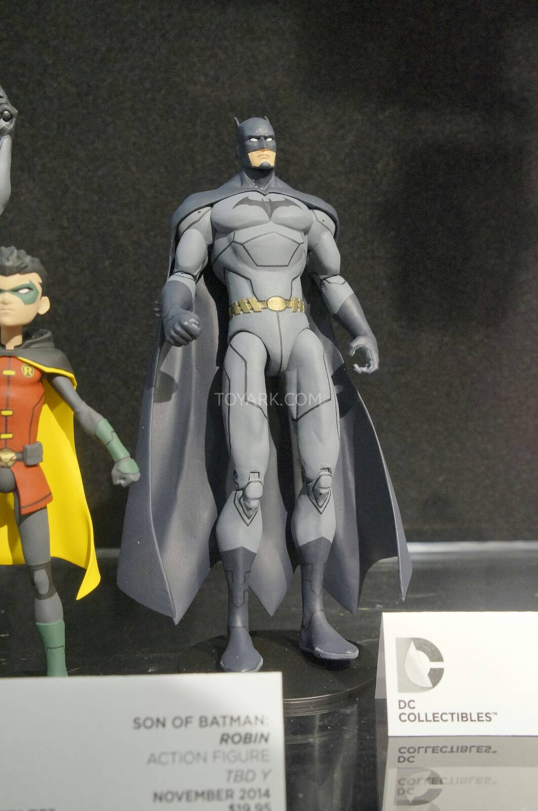 [Toy Fair 2014] DC Collectibles Toy-Fair-2014-DC-Collectibles-107