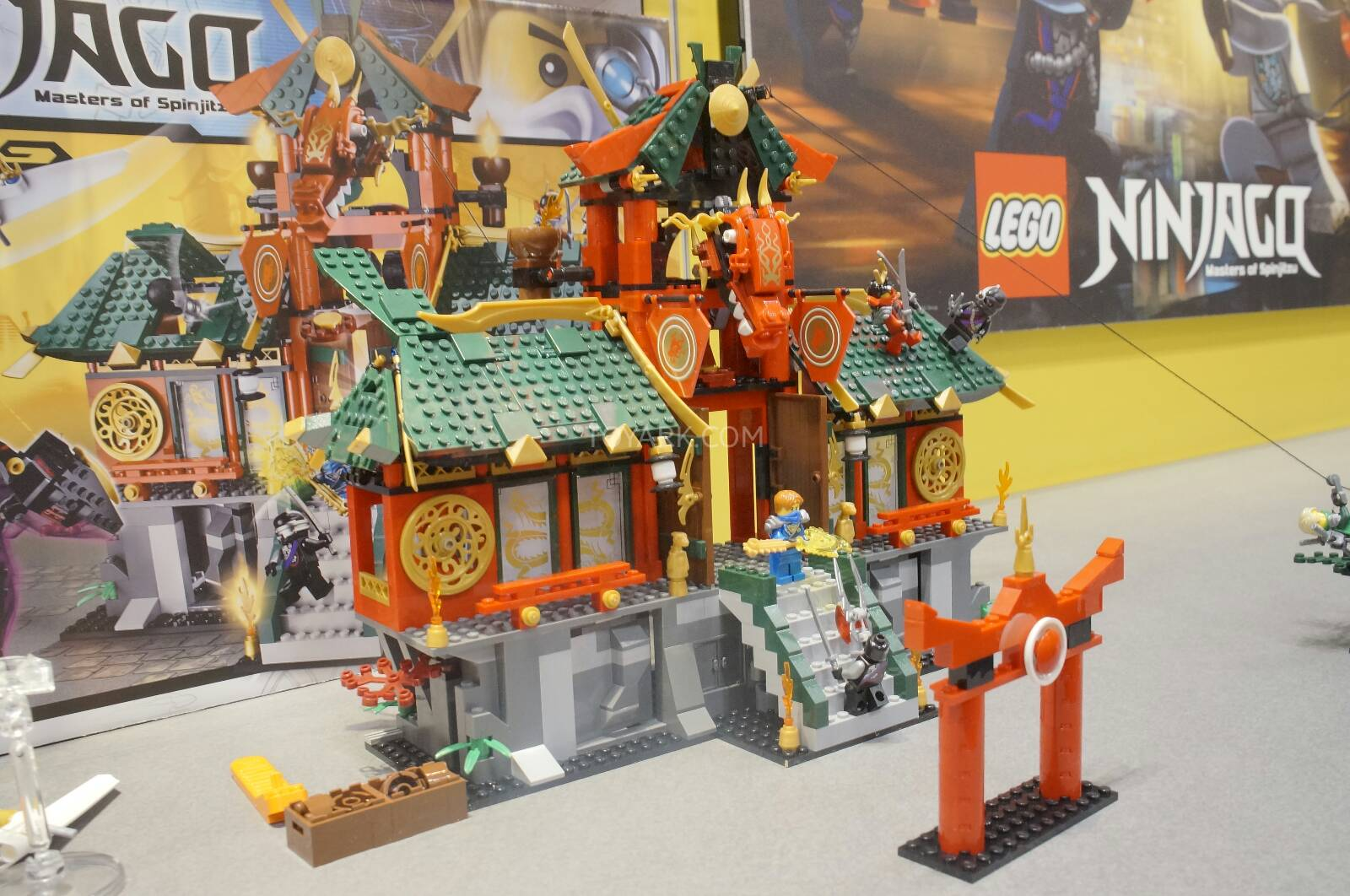 Toy-Fair-2014-LEGO-Ninjago-017.jpg