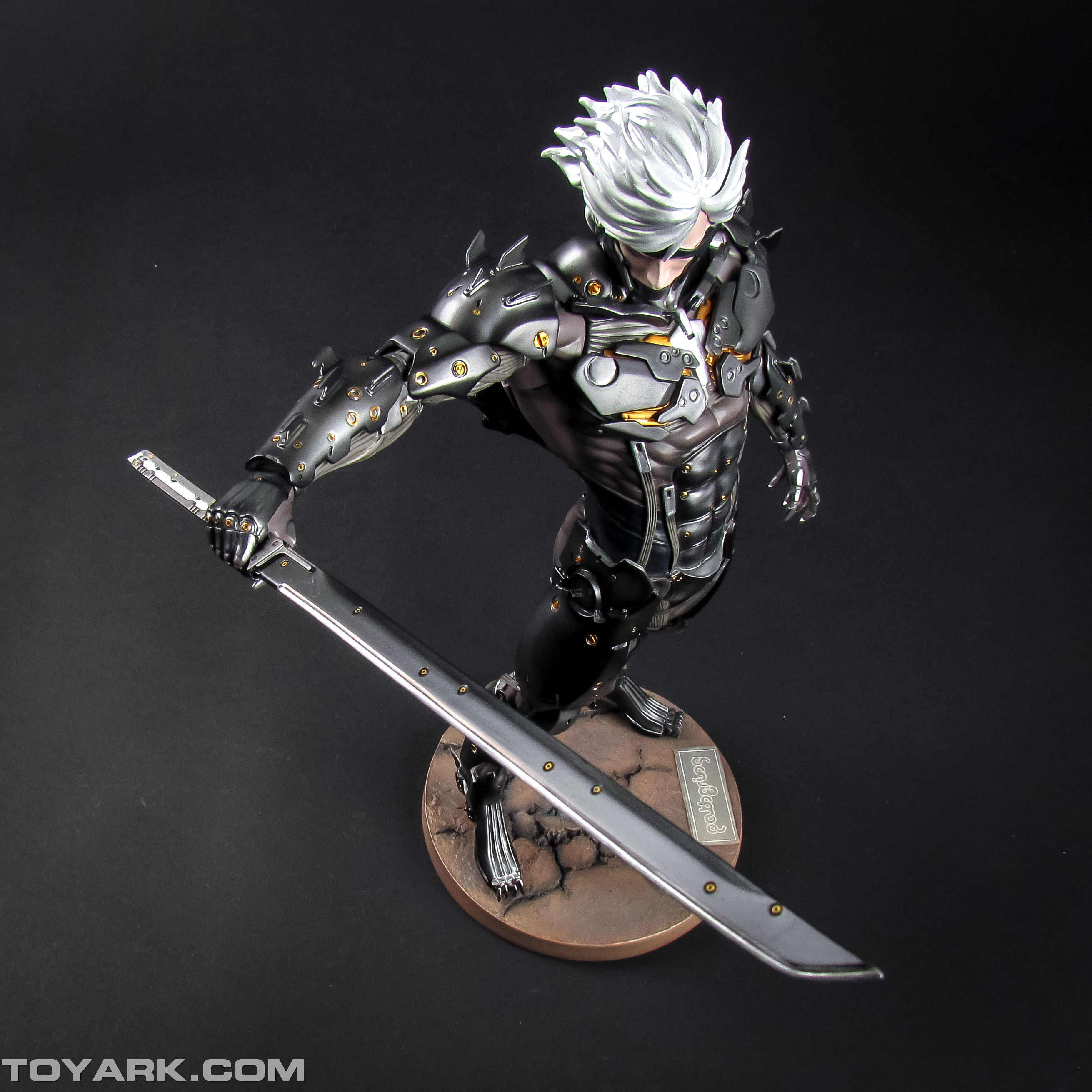 Metal Gear Rising Raiden Model Kit 020