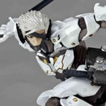 Metal Gear Rising Revoltech Raiden White Armor 003