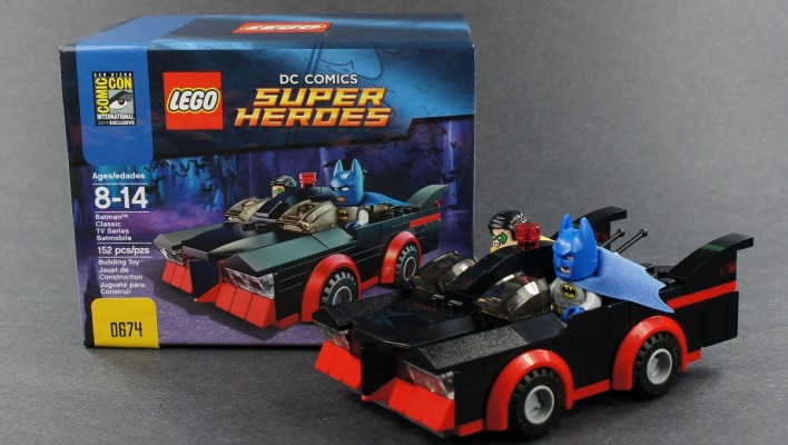 LEGO SDCC 2014 Batman Classic TV Series Batmobile Unboxing Photo Shoot