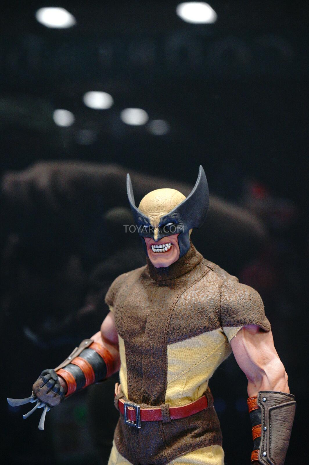 [Sideshow] Marvel Sixth Scale Collection - Wolverine DSC07550