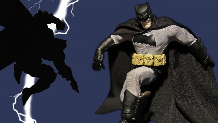 Mezco Announces New Line of Super Articulated 6-Inch Figures