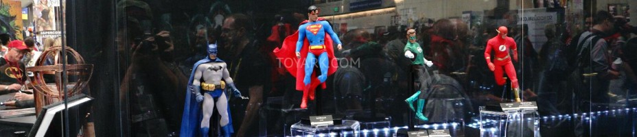 SDCC 2014 Sideshow DC Comics Sixth Scale Figures 001