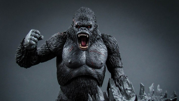 SH Monsterarts King Kong Photo Shoot