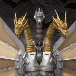 SH Monsterarts Mecha King Ghidorah 002