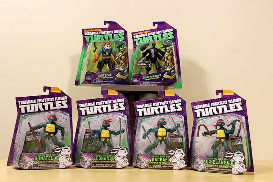 Tmnt Comic Turtles Tiger Claw And Robotic Foot Soldier Packaged