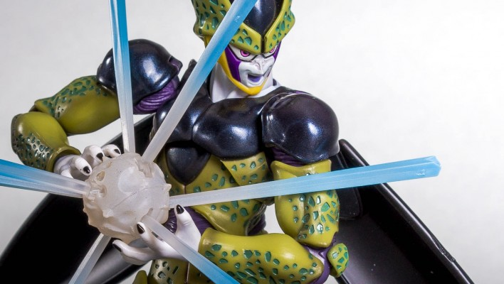 S.H. Figuarts Dragonball Z Cell Gallery