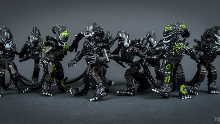 Aliens Minimates Toyark Gallery and Review