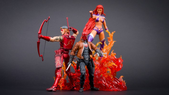 DC Collectibles Catch Up Gallery – Red Hood and the Outlaws