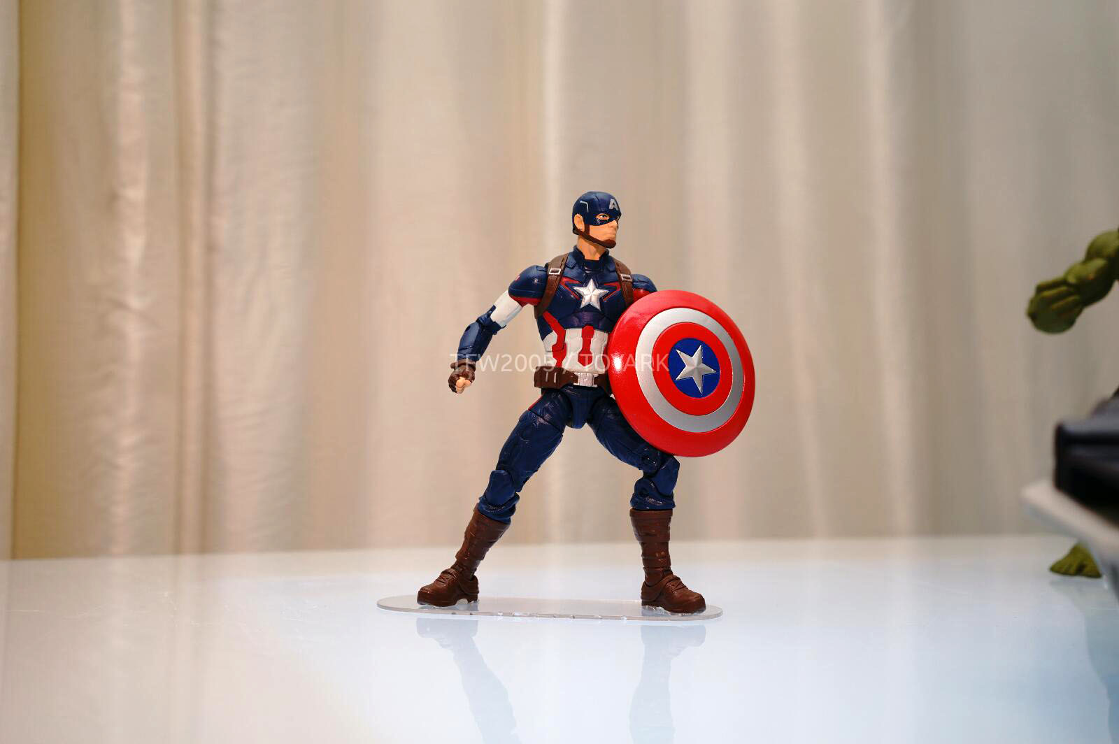 [Hasbro] NYCC | Marvel Legends | Avengers – Age of Ultron  DSC08140