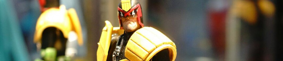 NYCC 2014 Mezco 1 12 Collective Judge Dredd 003