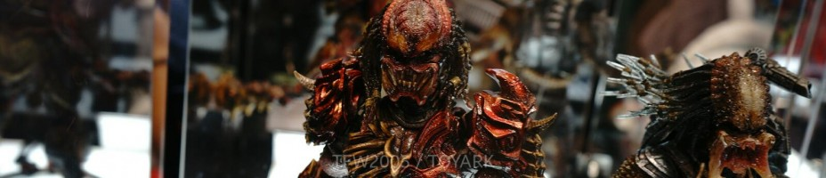 NYCC 2014 Play Arts Kai Predator 001