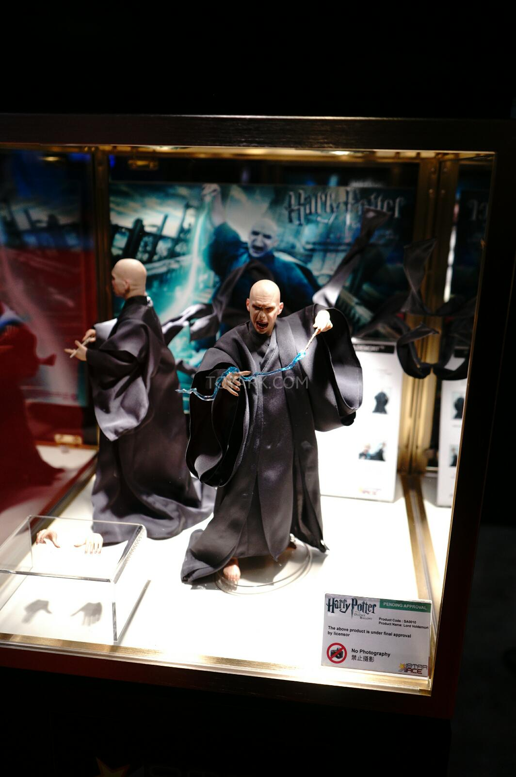 [Star Ace Toys] Harry Potter and the Dealthy Hallows: Lord Voldemort NYCC-2014-Star-Ace-003