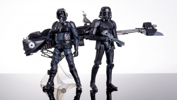 Black Series Shadow Squadron In-Hand Gallery