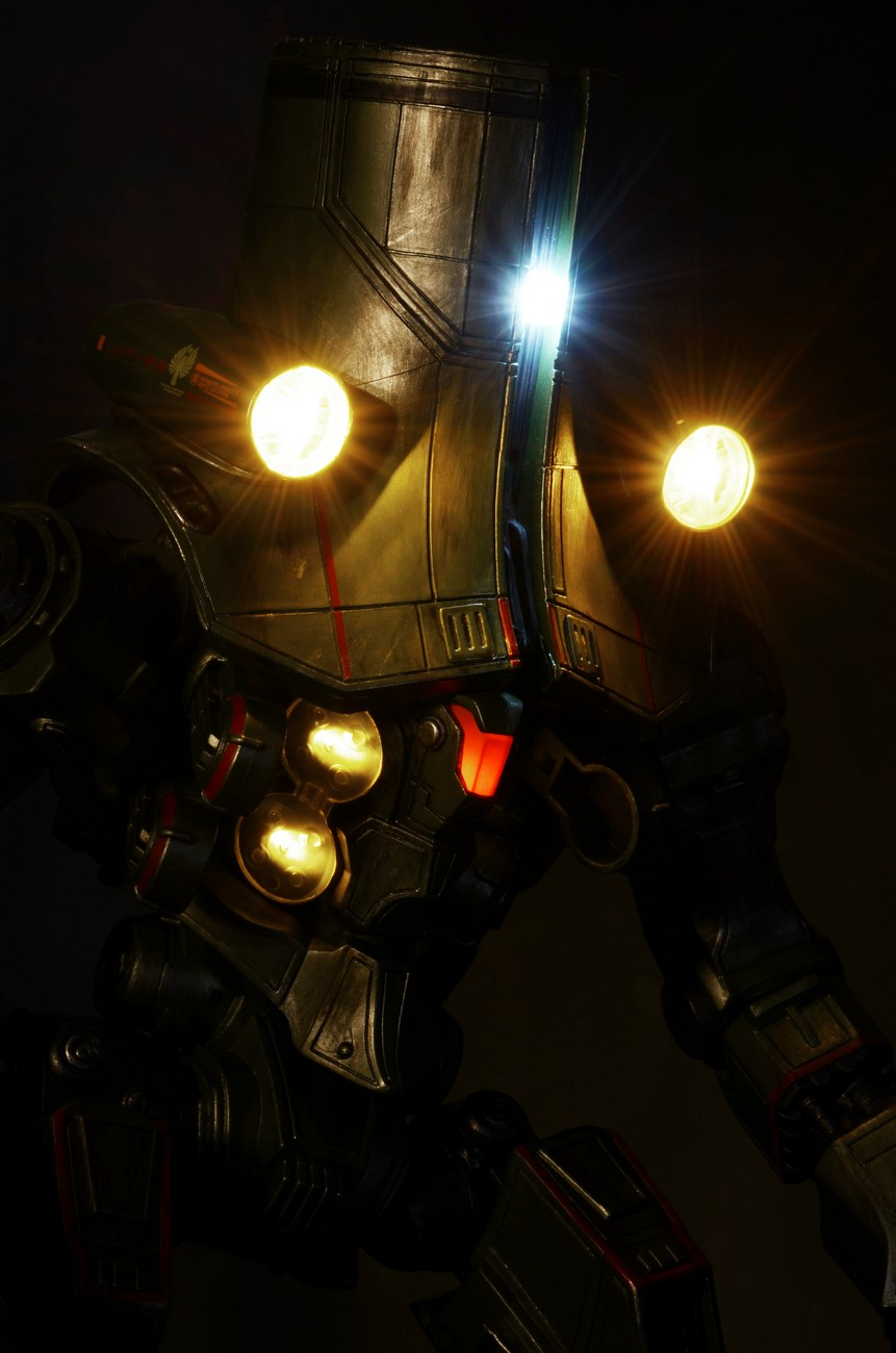 Pacific Rim 18-Inch Cherno Alpha Photos - The Toyark - News