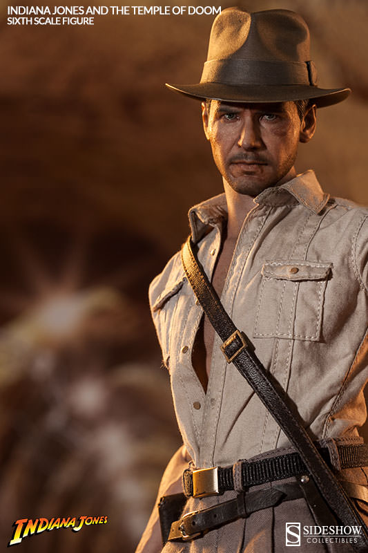 "1:6 scale INDIANA JONES ACCESSORY SET /""1/"""