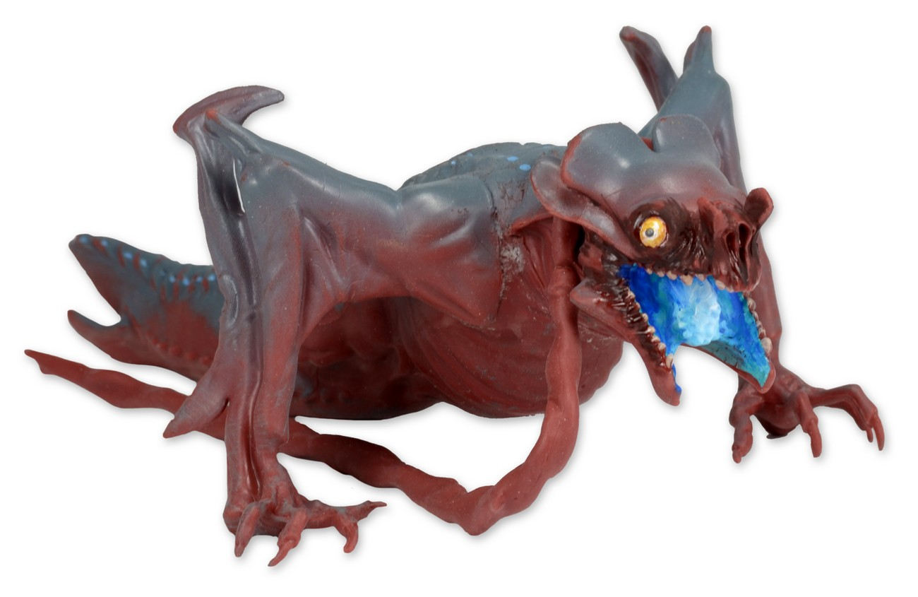http://news.toyark.com/wp-content/uploads/sites/4/2015/01/Pacific-Rim-6-Inch-Baby-Otachi-Figure-1.jpg