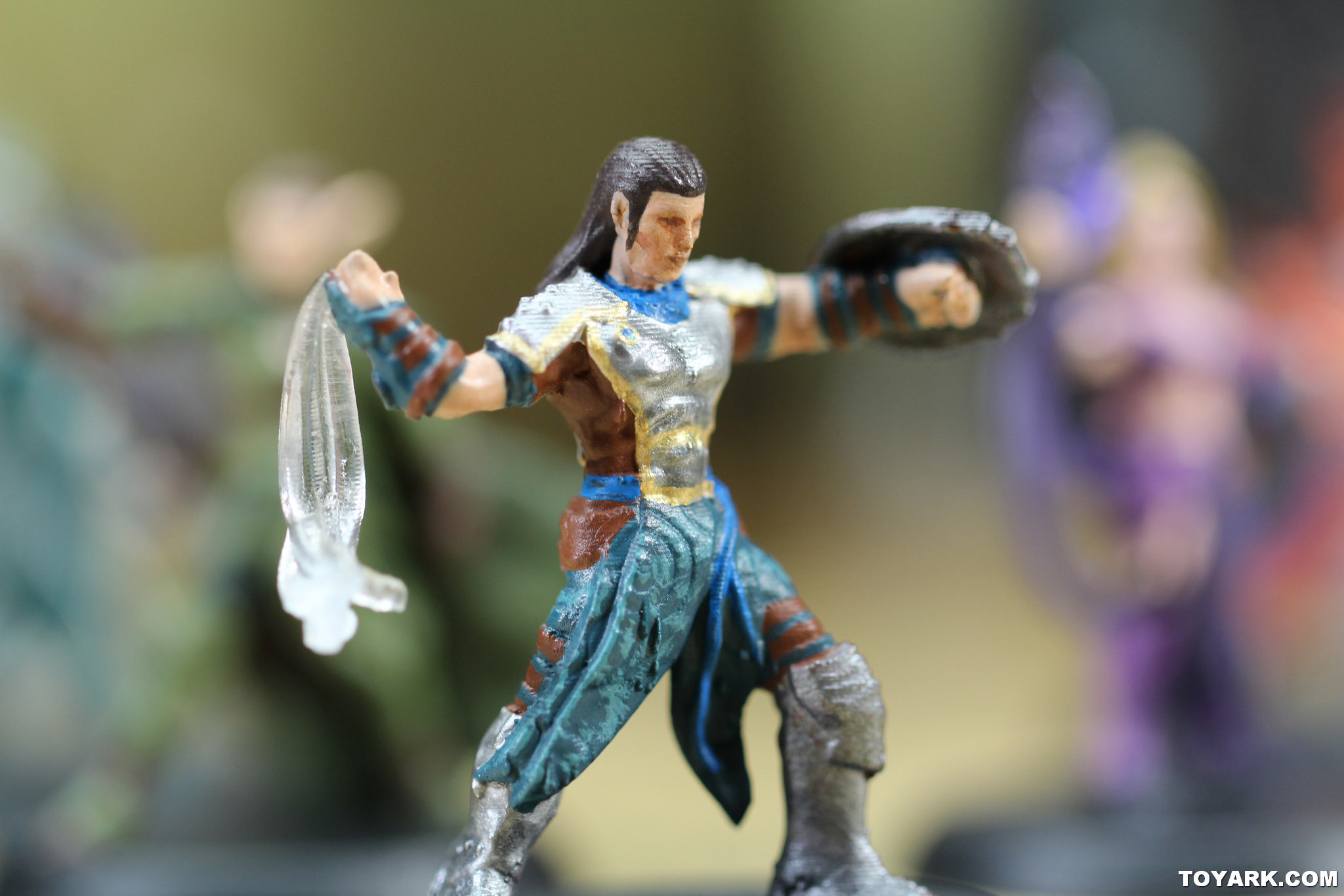 Toy Fair 2015 MAGIC: THE GATHERING ARENA OF THE ... Planeswalker Arena Miniatures Size