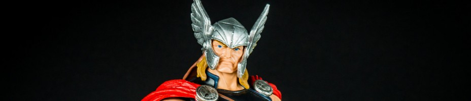 001 Marvel Legends Thor Avengers Allfather