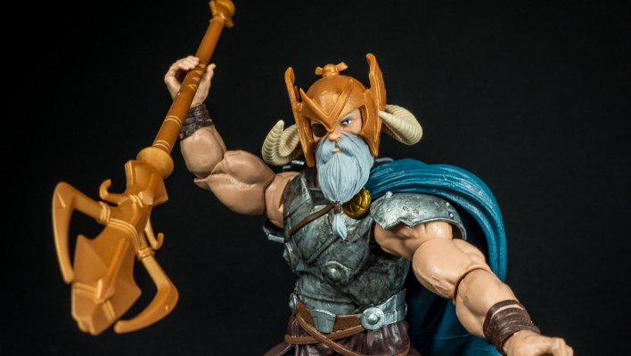 Marvel Legends Odin BAF Allfather Wave Photo Shoot