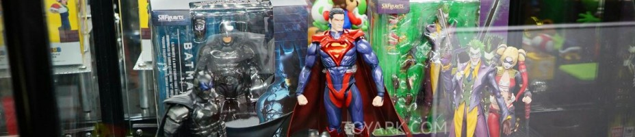 Toy Fair 2015 Bluefin Booth SH Figuarts Injustice 001