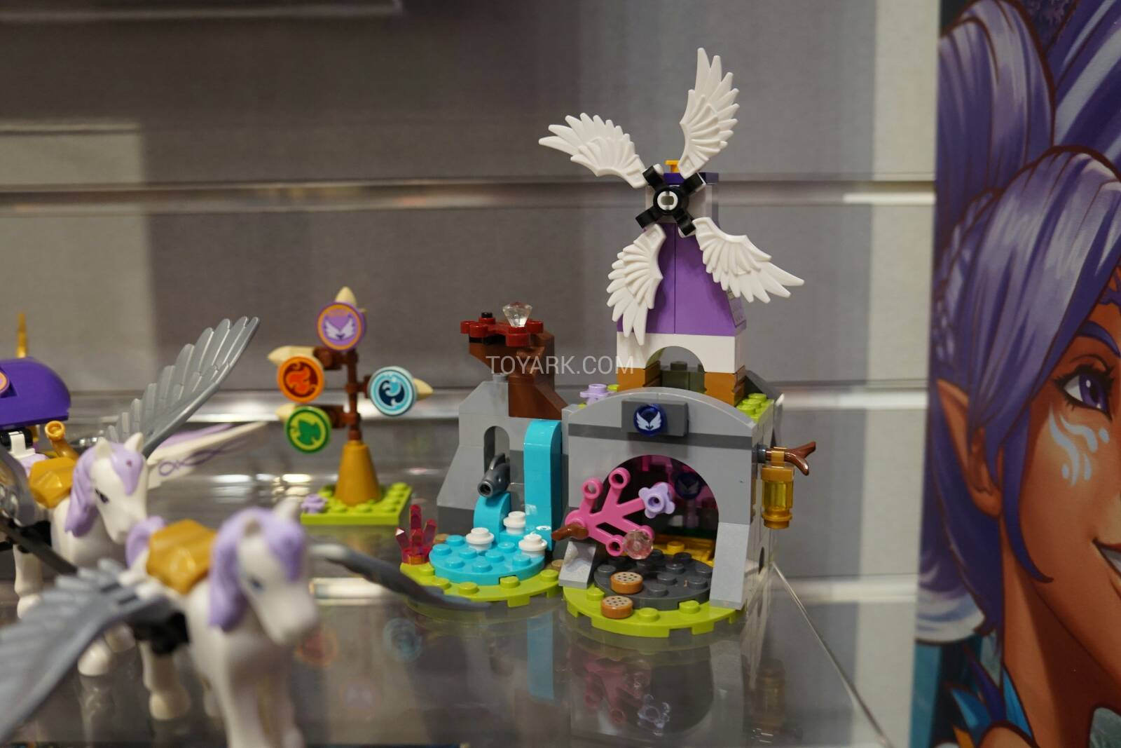 Toy-Fair-2015-LEGO-Elves-017.jpg
