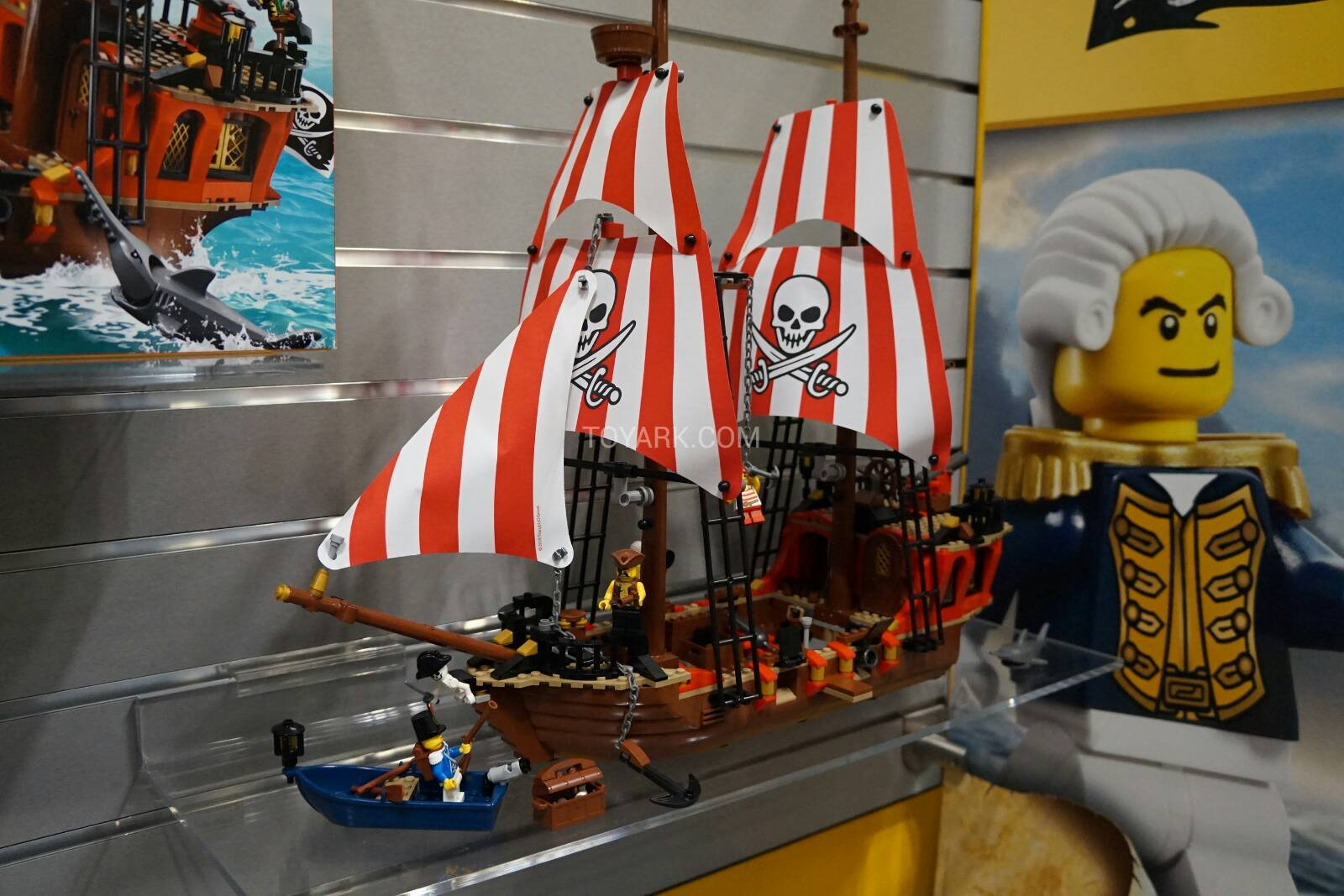 Toy Pirate Lego : Lego pirates mixels minifigures and creator at toy fair
