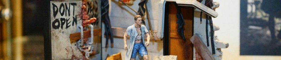 Toy Fair 2015 McFarlane Walking Dead Building Sets 039