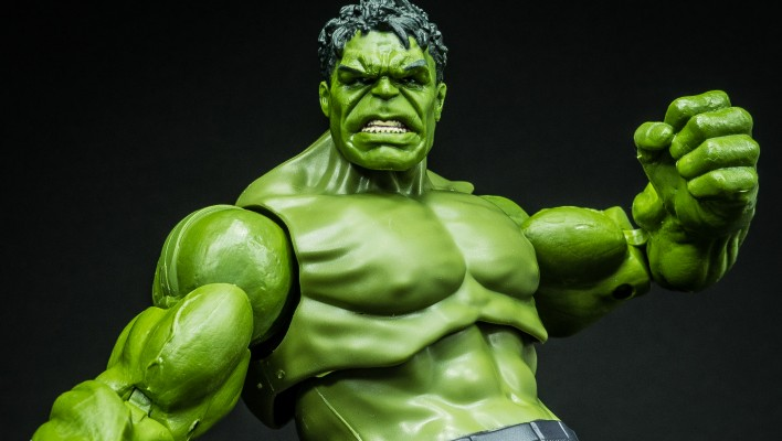 Marvel Legends The Hulk Age of Ultron Thanos Wave Photo Shoot