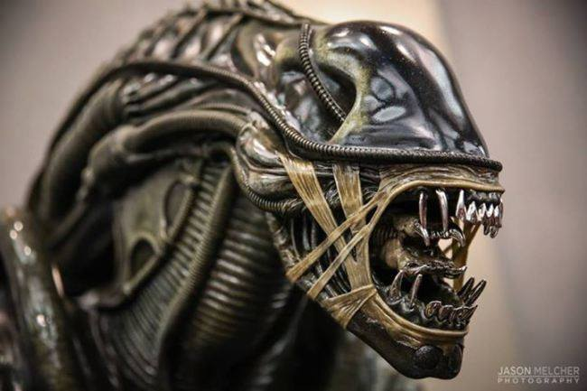 [Hollywood Collectibles] Alien Warrior - Life Sized Statue HCG-Alien-Warrior-Life-Size-Statue-003