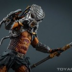 http://news.toyark.com/wp-content/uploads/sites/4/2015/03/NECA-Cracked-Tusk-Predator-028-150x150.jpg