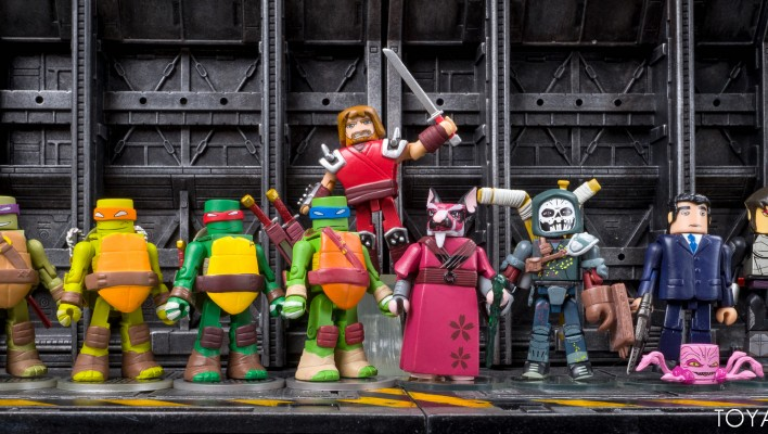 TMNT Minimates Series 2 In-Hand Gallery