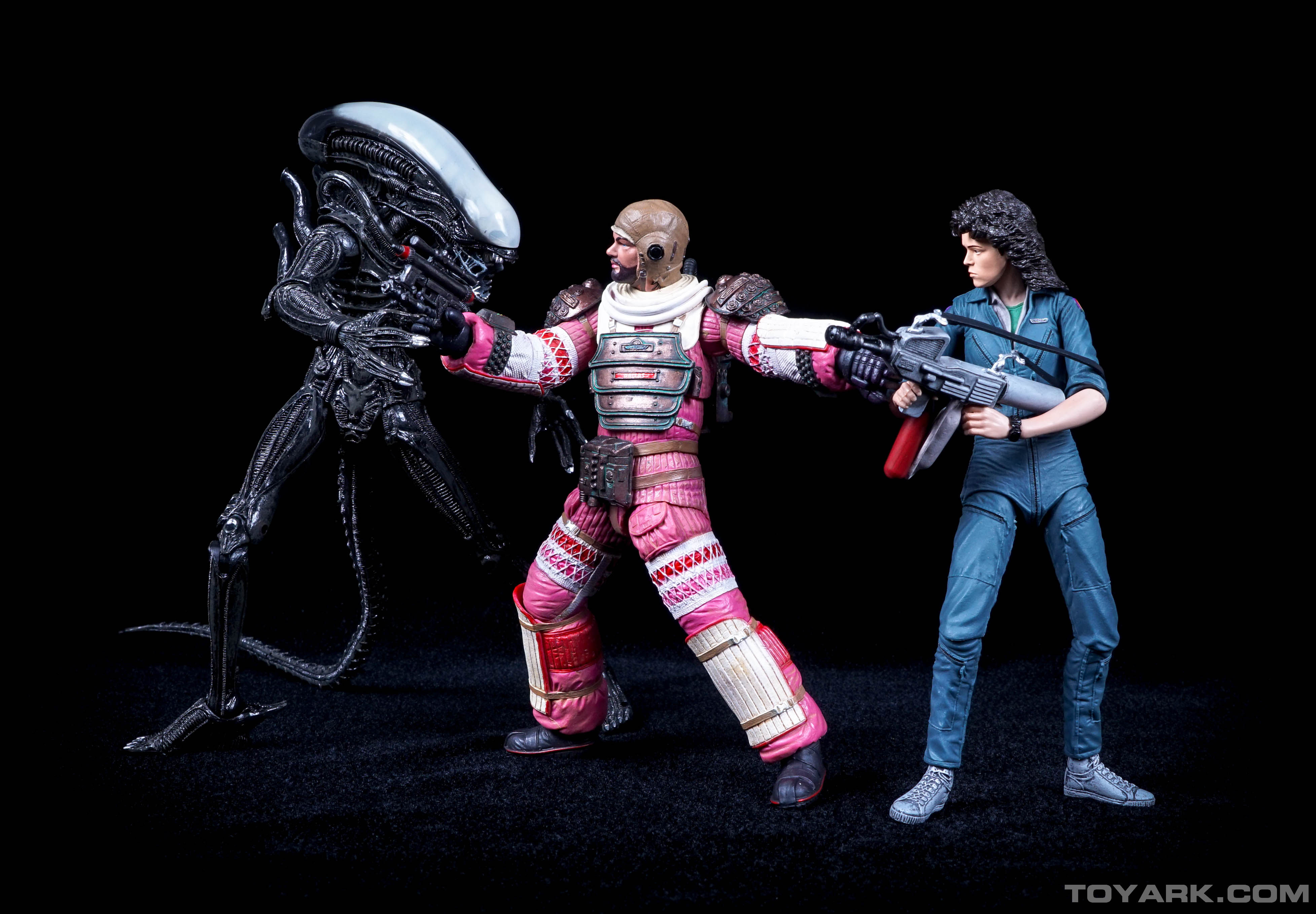http://news.toyark.com/wp-content/uploads/sites/4/2015/06/Aliens-Series-4-by-NECA-092.jpg
