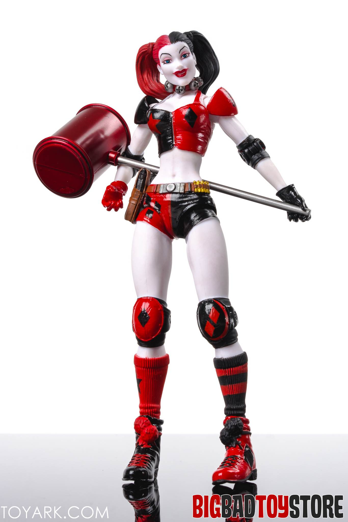 DC Collectibles New 52 Harley Quinn Photo Shoot - The ...