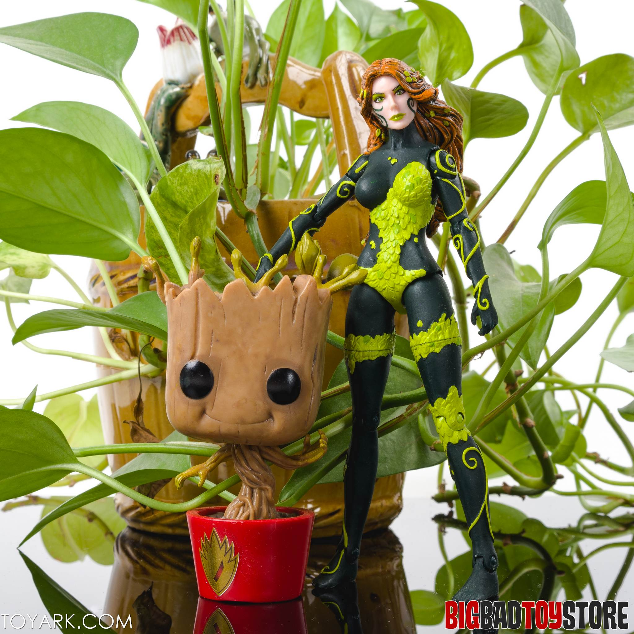 DCC New52 Poison Ivy 11