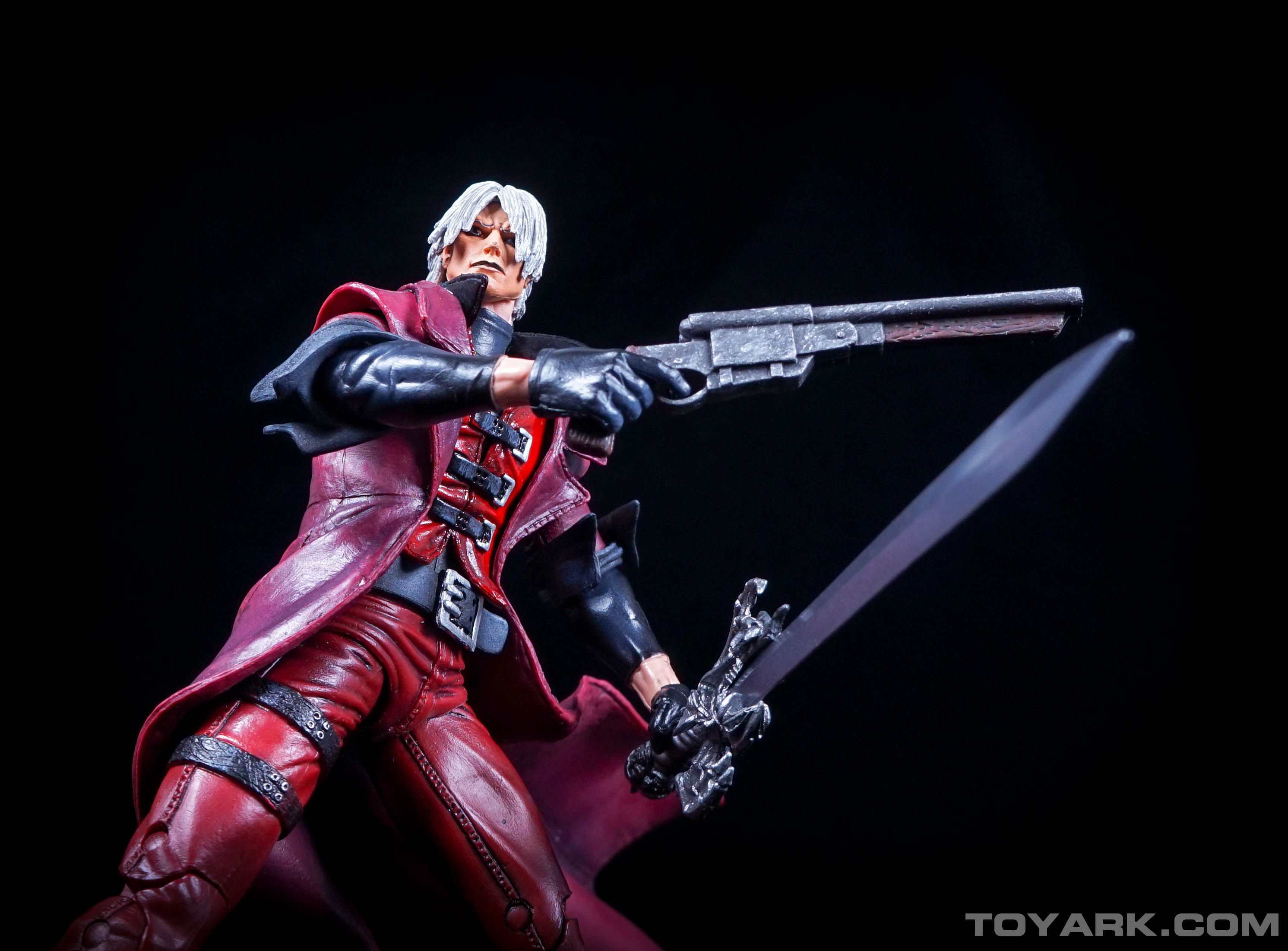 http://news.toyark.com/wp-content/uploads/sites/4/2015/06/NECA-Devil-May-Cry-Dante-027.jpg