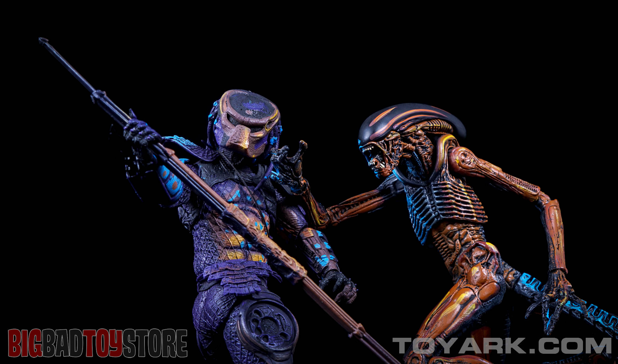 http://news.toyark.com/wp-content/uploads/sites/4/2015/06/NECA-NES-Dog-Alien-055.jpg