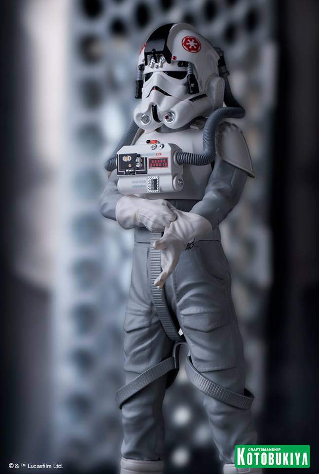 http://news.toyark.com/wp-content/uploads/sites/4/2015/06/Star-Wars-AT-AT-Drive-ARTFX-Statue-019.jpg