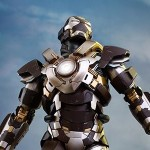 Hot Toys Iron Man Tank Armor Exclusive 001
